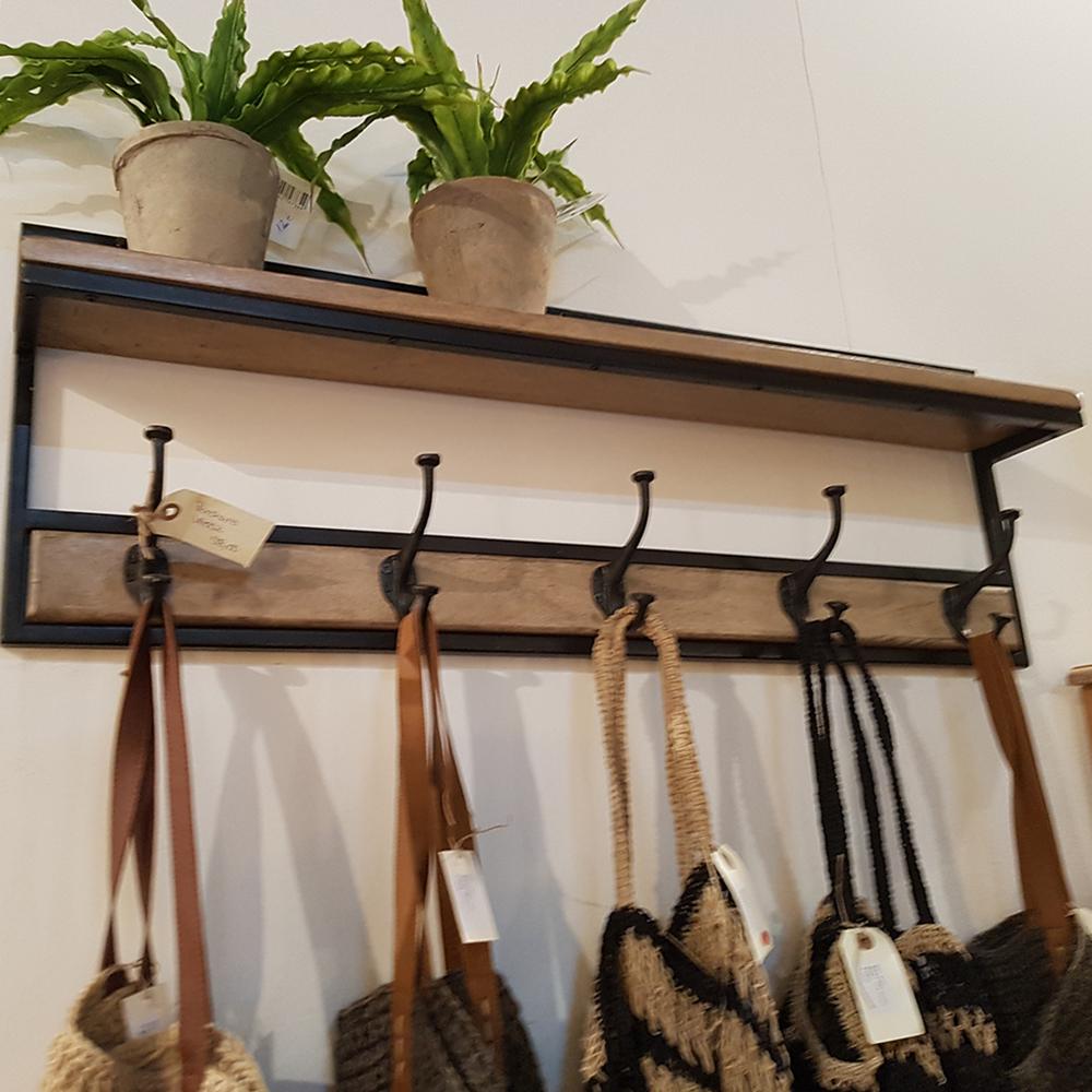 Perchero hierro y madera taller de las indias - Percheros en madera ...
